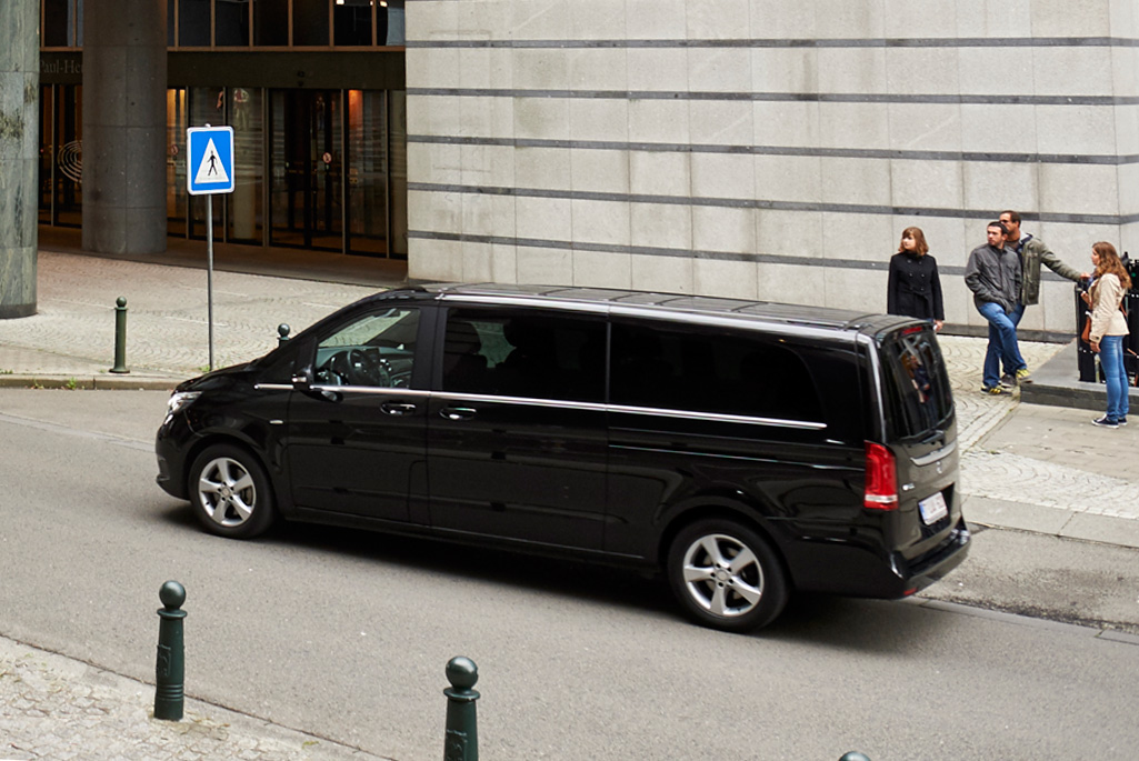 Fleet | Executive Minivans | Gallery 1